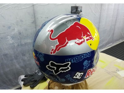 Aerografia Casco Red Bull